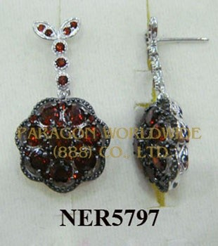 925 Sterling Silver Earrings  Garnet - NER5797