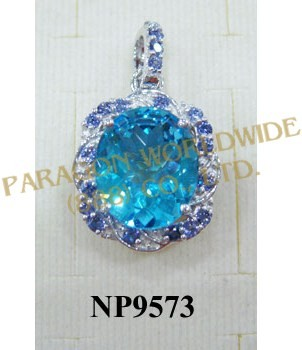925 Sterling Silver Pendant  Light Swiss Blue Topaz and Iolite - NP9573