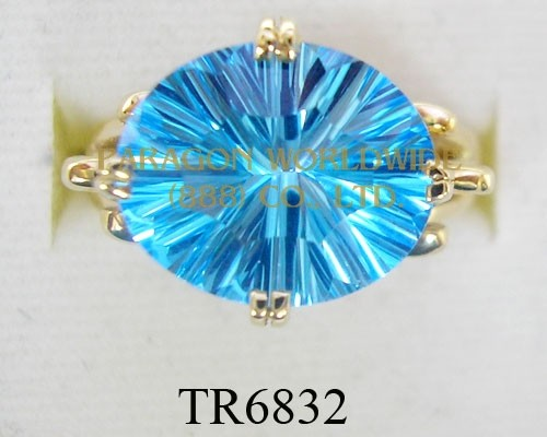10K Yellow Gold Ring Light Swiss Blue Topaz  - TR6832