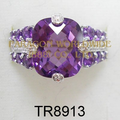 10K White Gold Ring  Amethyst and White Diamond - TR8913