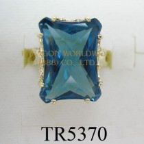 10K Yellow Gold Ring London Blue Topaz - TR5370